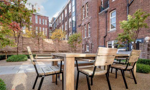 Flat 3, Dean Clarke House, Garden Table 2_Web
