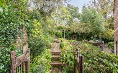 The Well House-Garden 5jpg_web